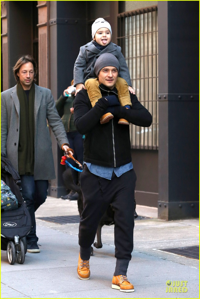 orlando bloom flynn beanie matching father son duo 013013175