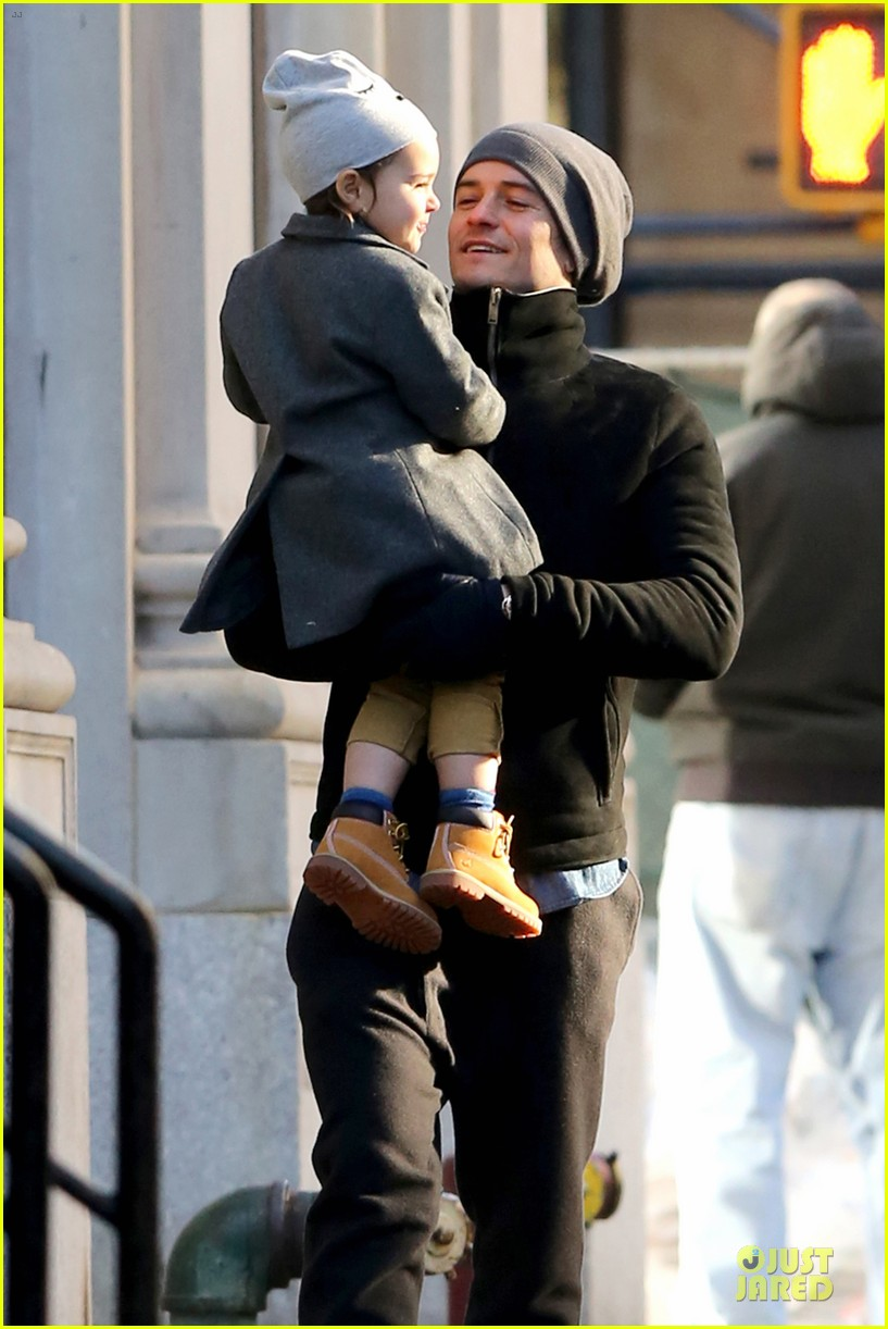 orlando bloom flynn beanie matching father son duo 023013176