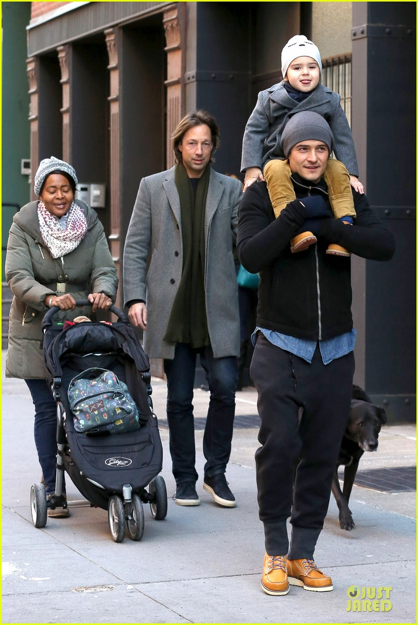 orlando bloom flynn beanie matching father son duo 103013184