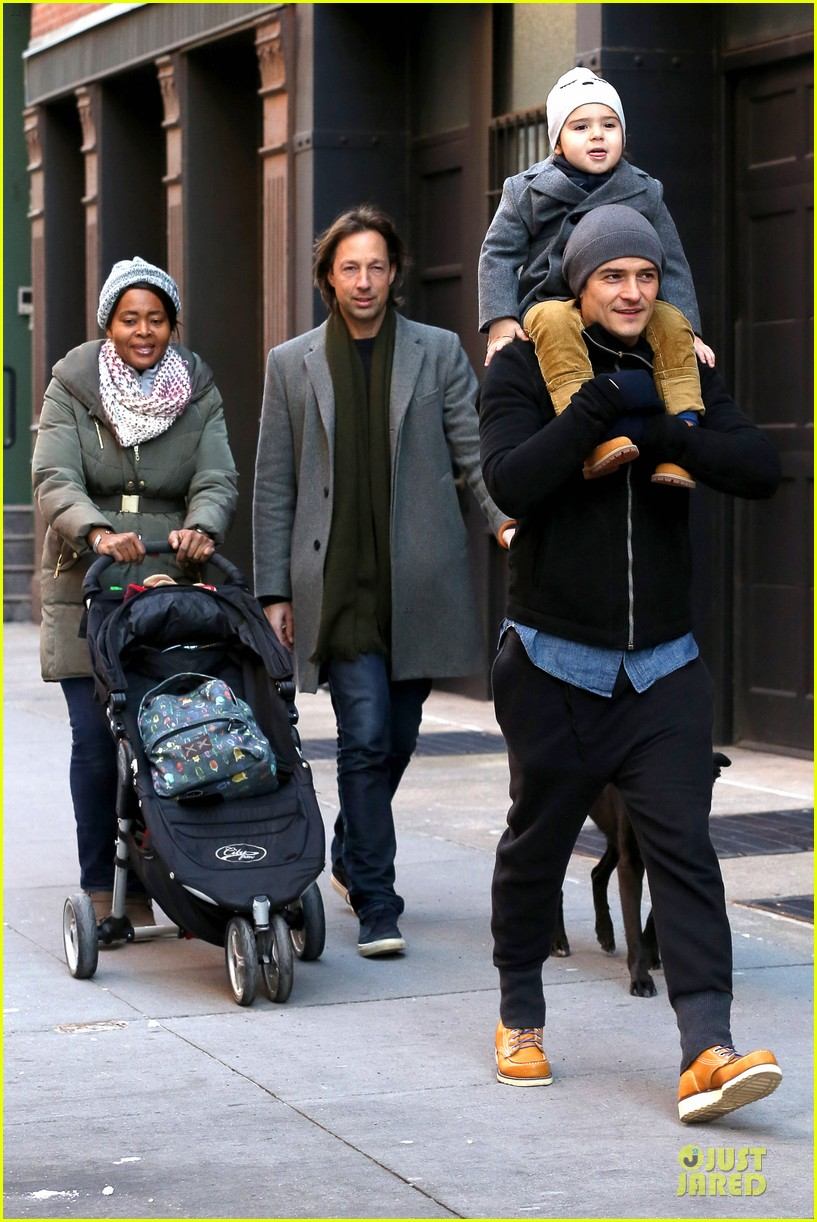 orlando bloom flynn beanie matching father son duo 123013186