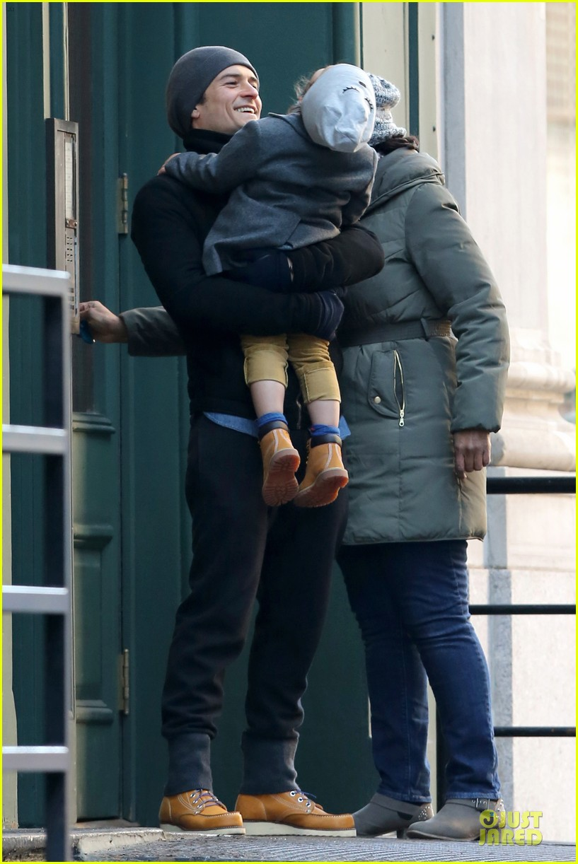 orlando bloom flynn beanie matching father son duo 203013194