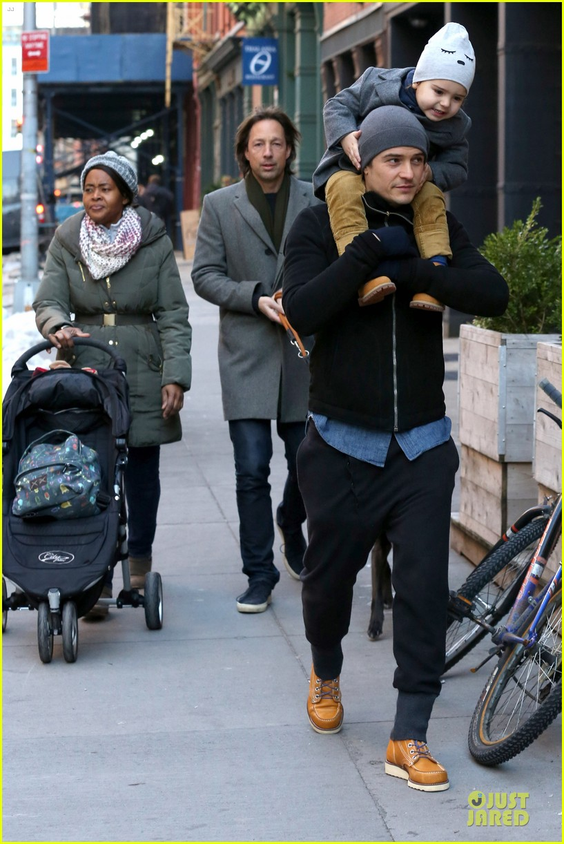 orlando bloom flynn beanie matching father son duo 263013200