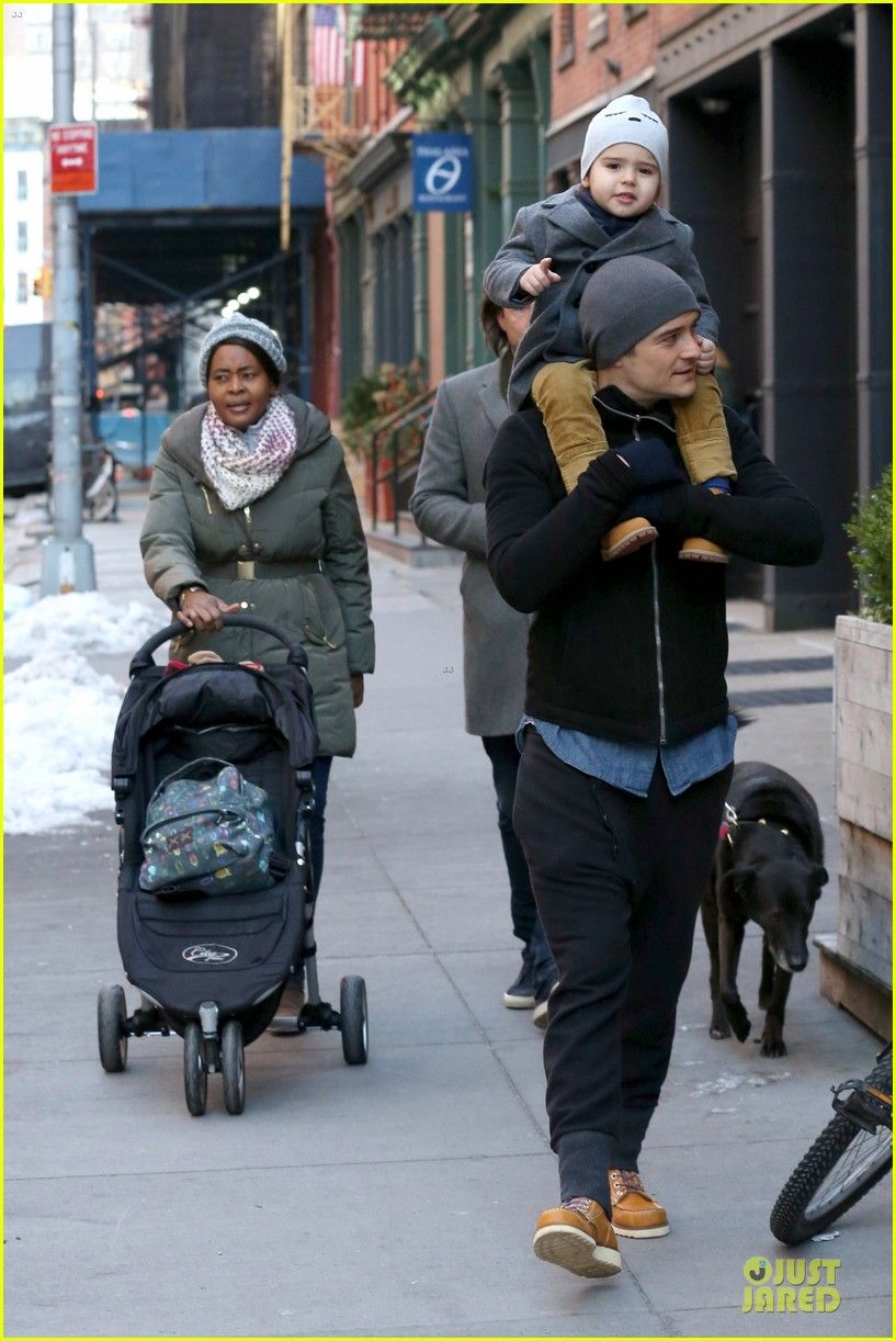 orlando bloom flynn beanie matching father son duo 293013203