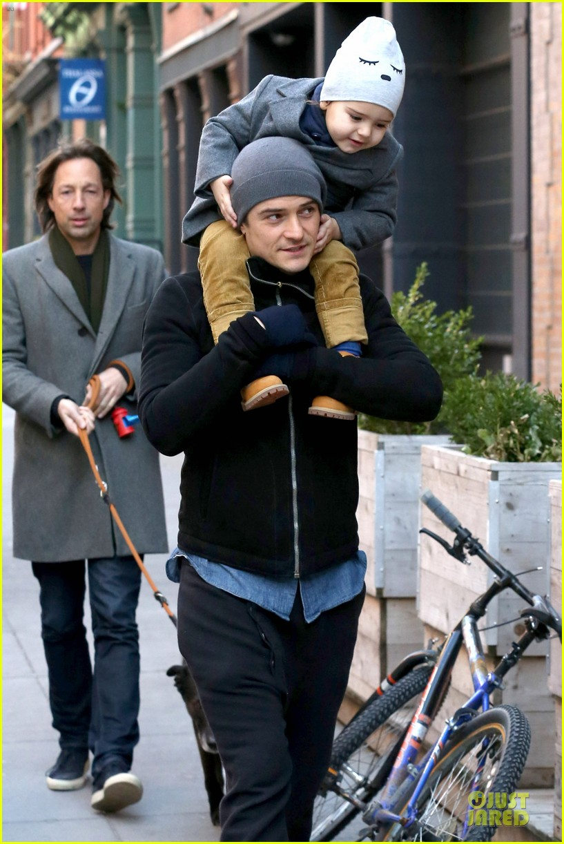 orlando bloom flynn beanie matching father son duo 333013207