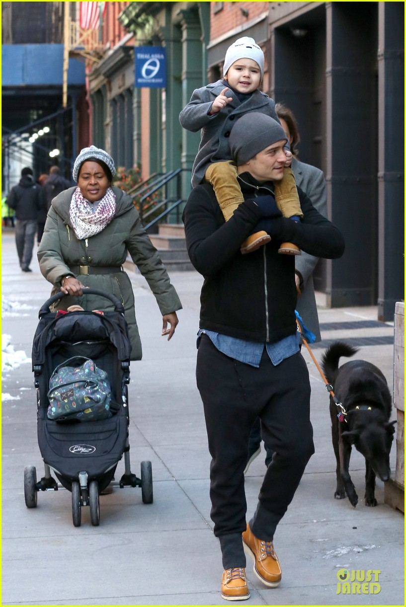 orlando bloom flynn beanie matching father son duo 34