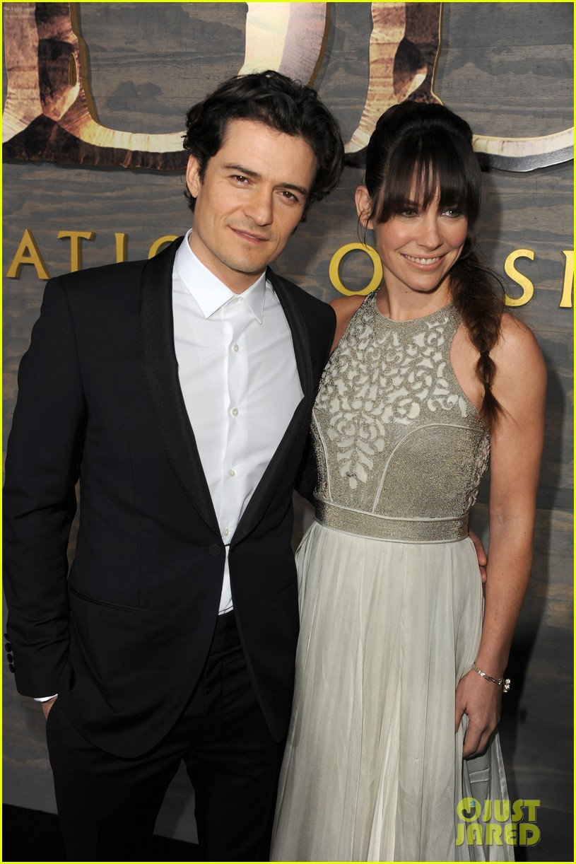 orlando bloom evangeline lilly hobbit hollywood premiere 023003754