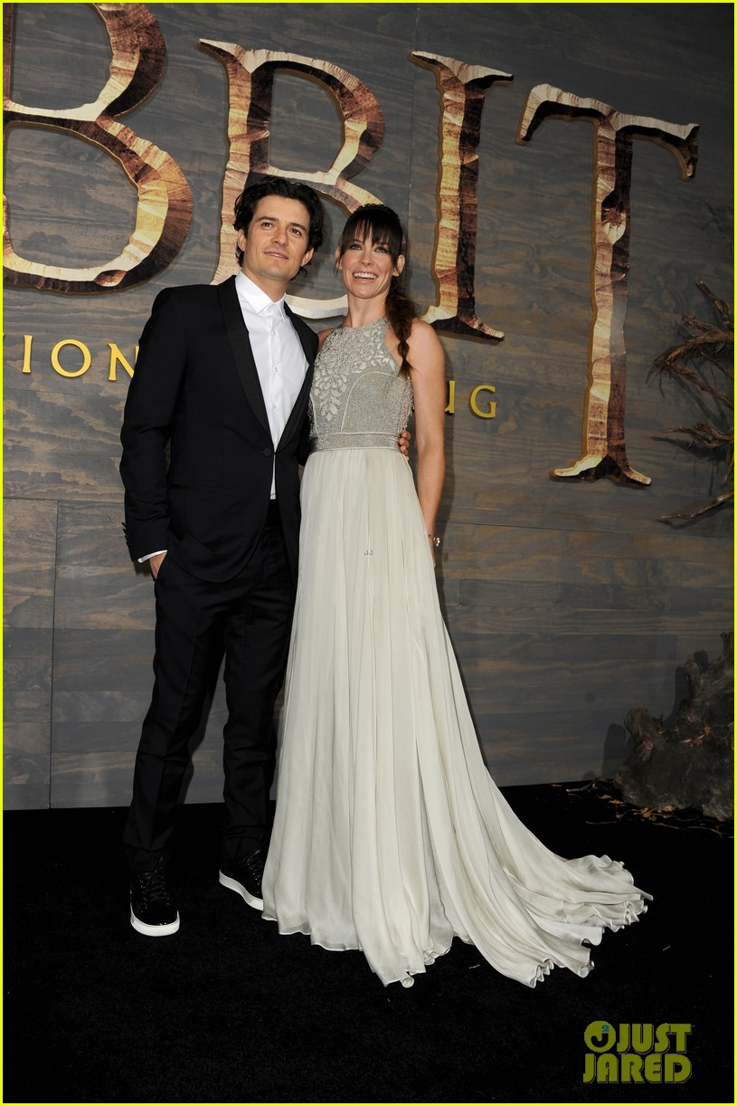 orlando bloom evangeline lilly hobbit hollywood premiere 053003757