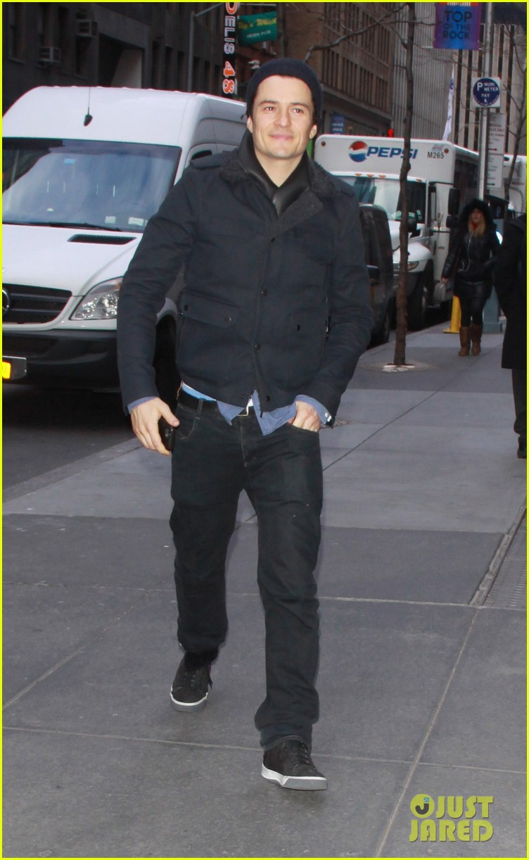 orlando bloom rides with miranda kerr after today show 013011417