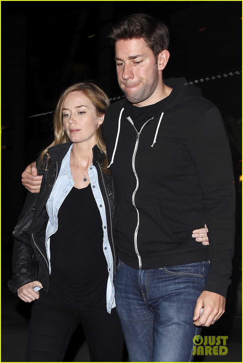 emily blunt john krasinski sunday night movie mates 043003411