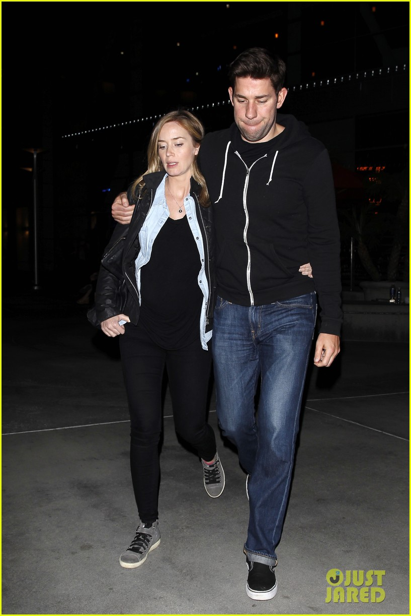 emily blunt john krasinski sunday night movie mates 063003413