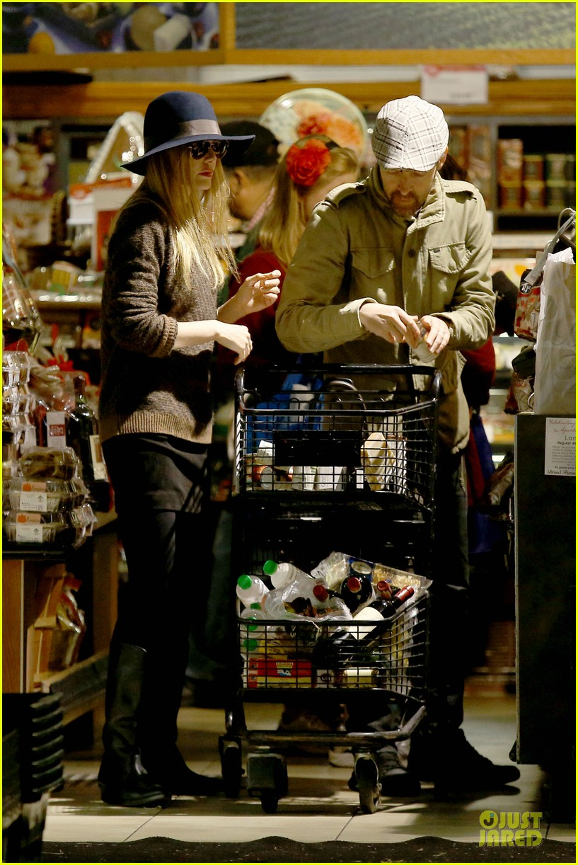 kate bosworth michael polish grocery run before holidays 093015873
