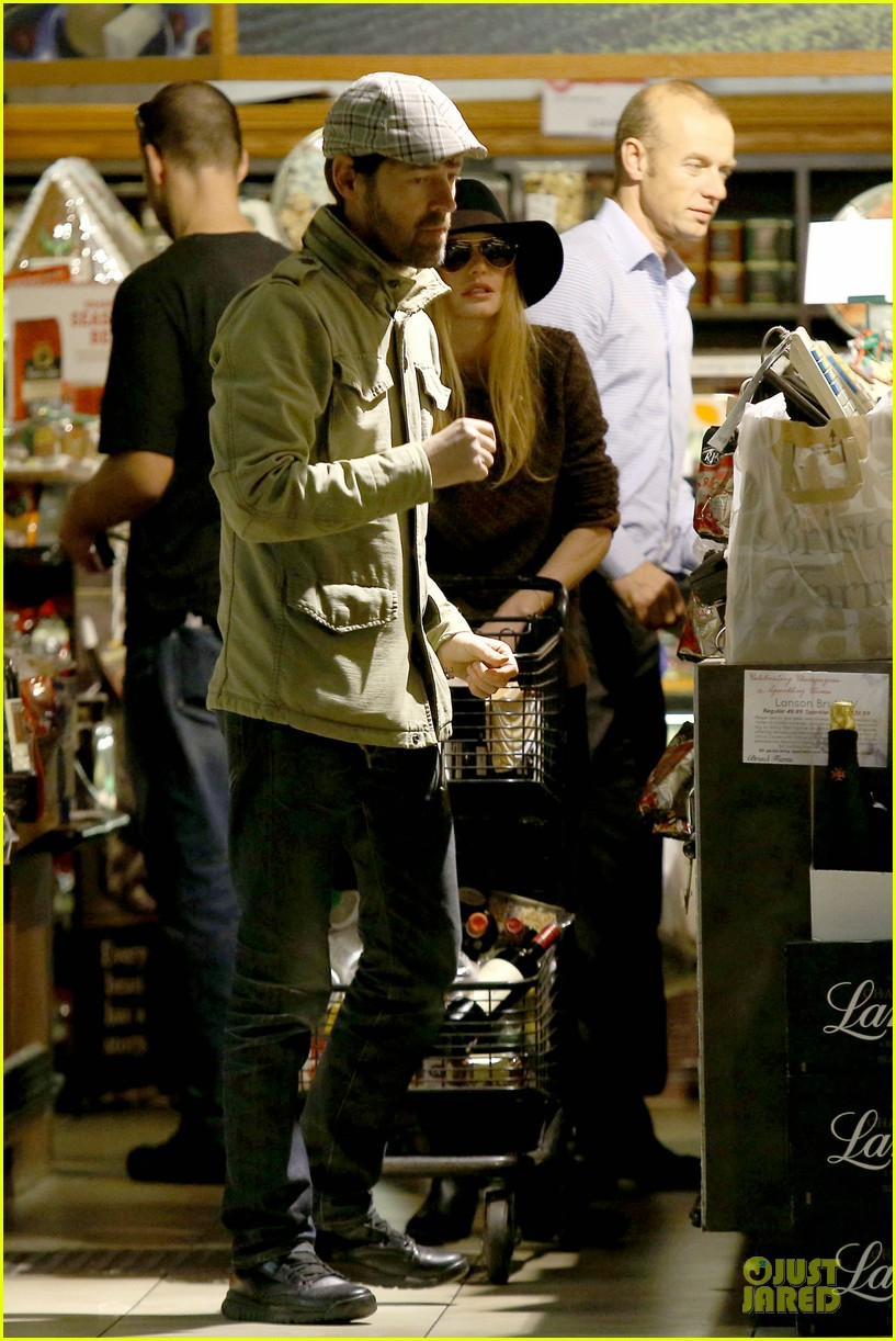kate bosworth michael polish grocery run before holidays 143015878