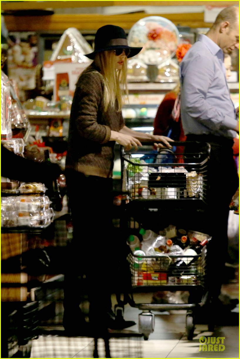 kate bosworth michael polish grocery run before holidays 163015880