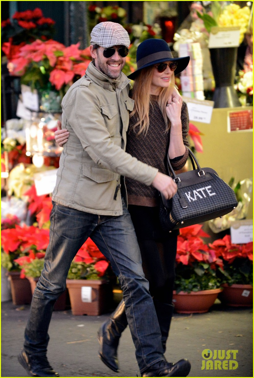 kate bosworth carries kate bag on affectionate errand run 053016425