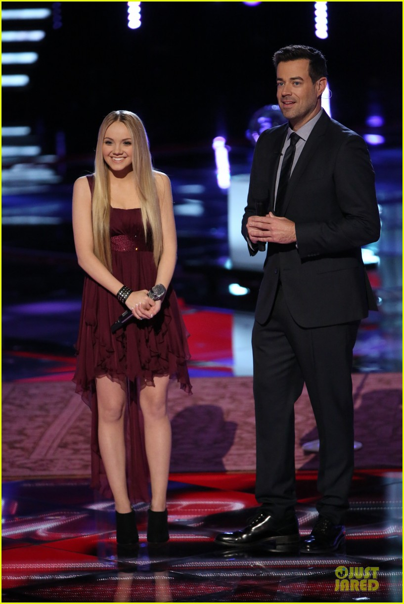 danielle bradbery never like this performance on the voice 033009548