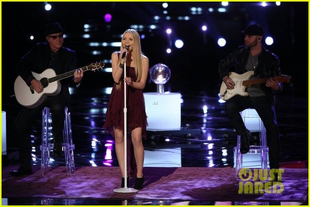 danielle bradbery never like this performance on the voice 053009550
