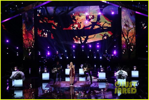 danielle bradbery never like this performance on the voice 093009554