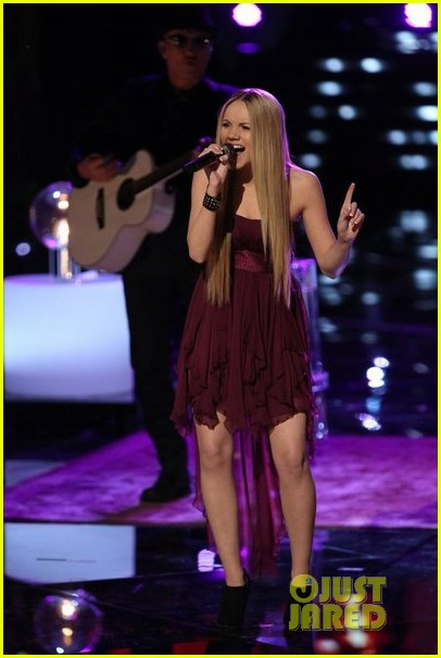 danielle bradbery never like this performance on the voice 103009555