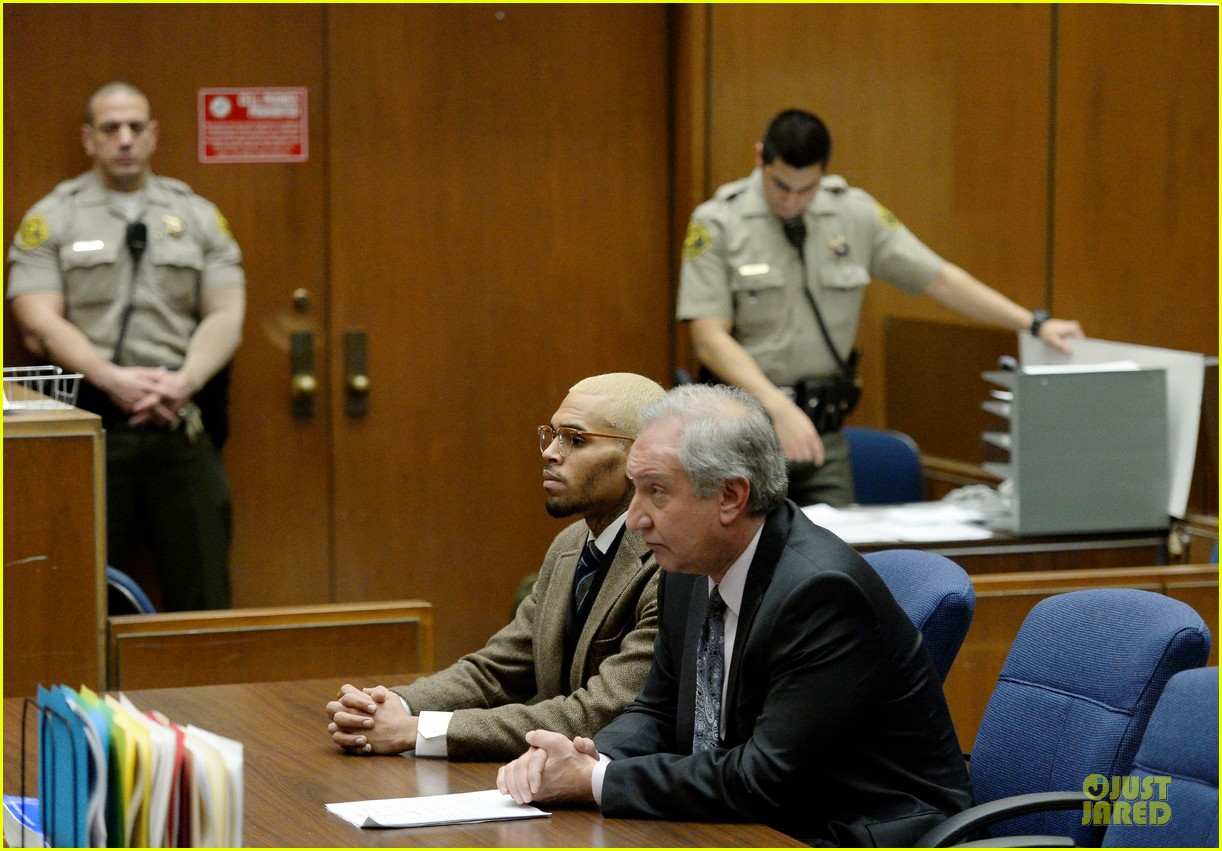 chris brown probation revoked over october arrest 033013261