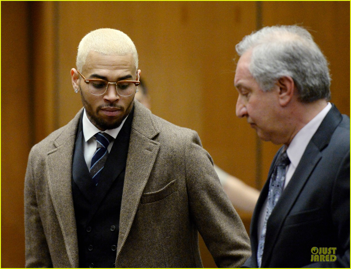 chris brown probation revoked over october arrest 08