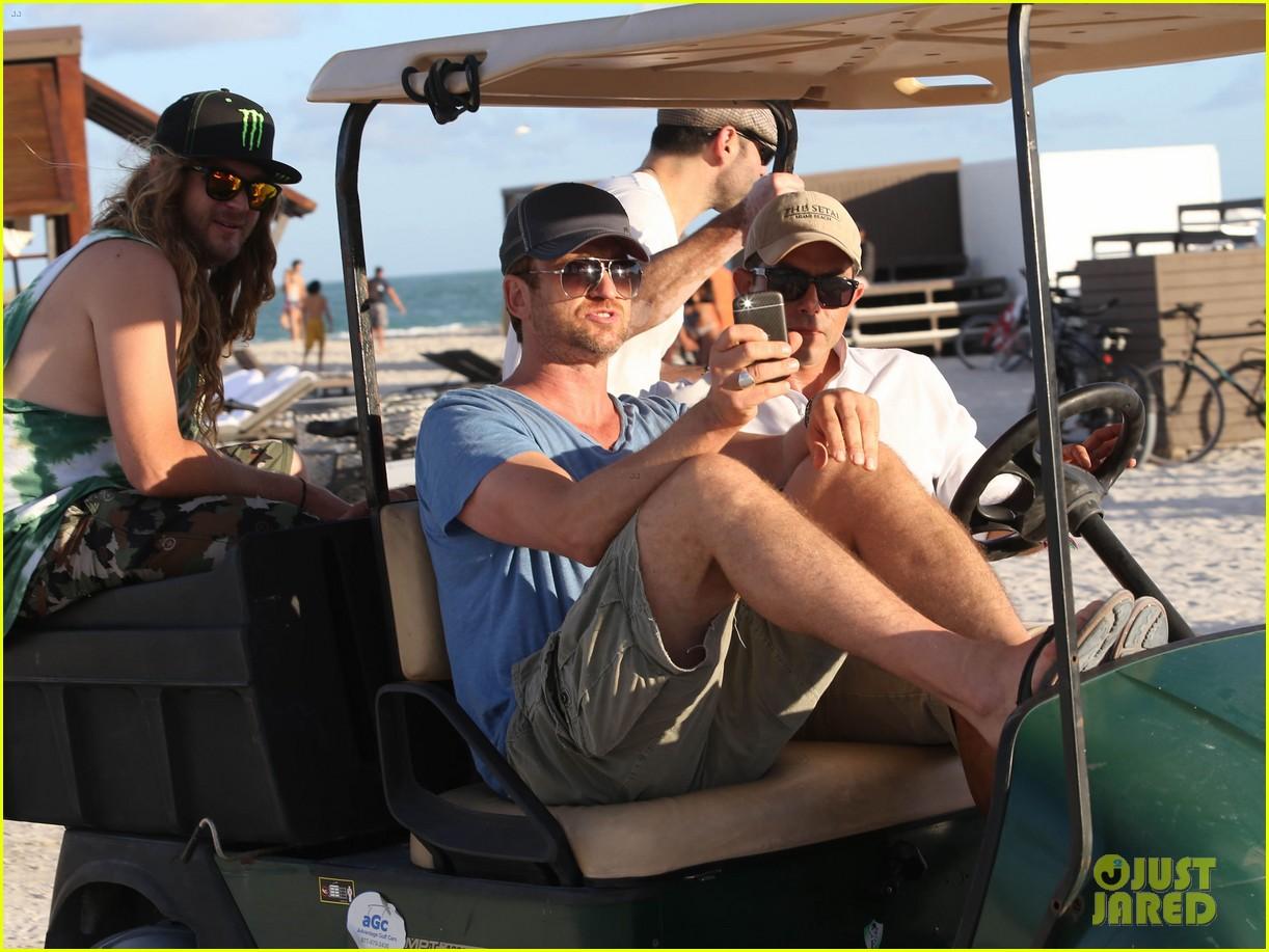 gerard butler kicks back takes photos during golf cart ride 183006674