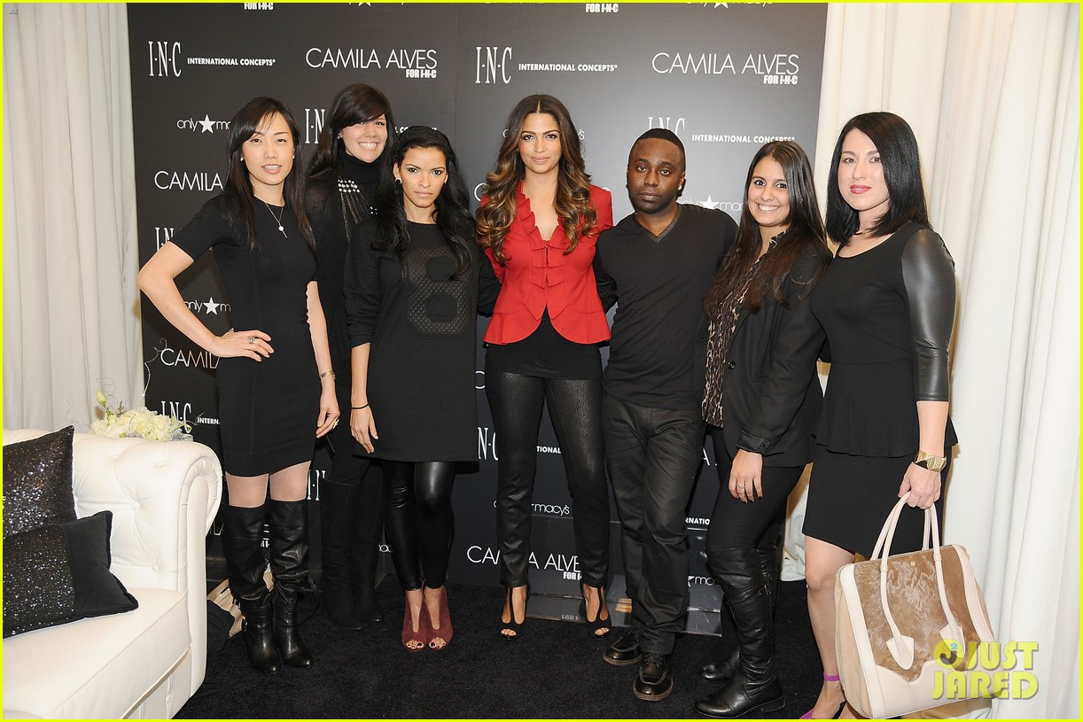 camila alves inc macys presentation 033007552