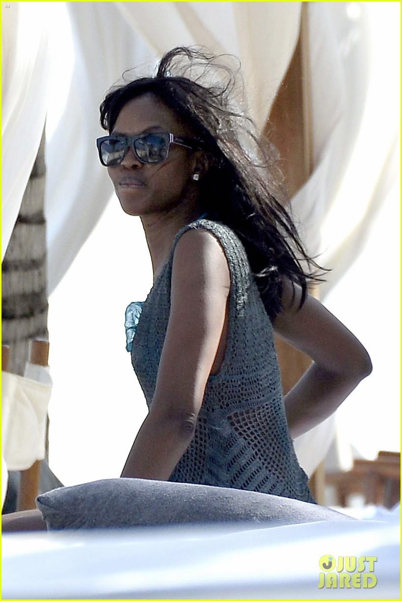naomi campbell rocks a blue bikini at the beach in kenya 163019316