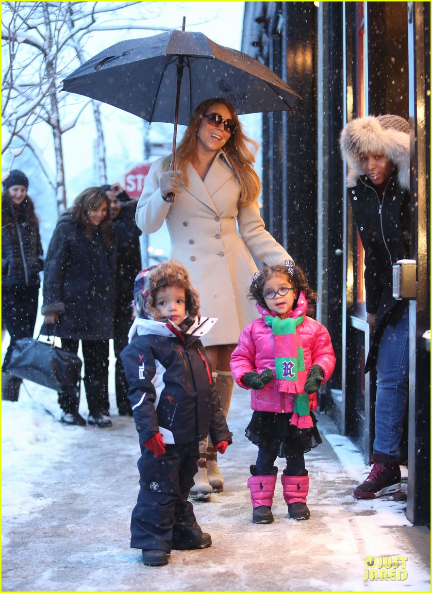 mariah carey snowy aspen shopping with the twins 033015612