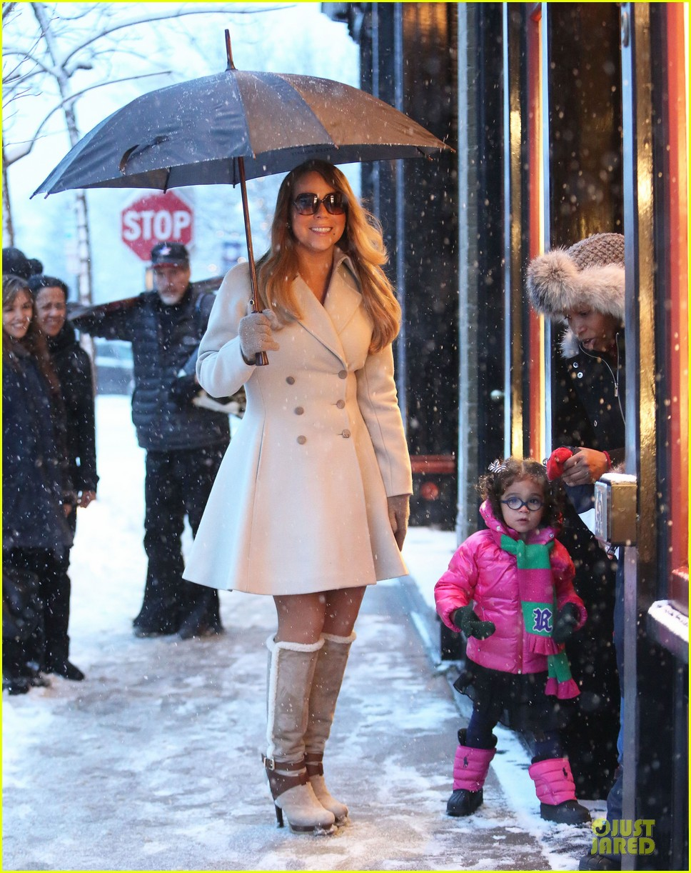 mariah carey snowy aspen shopping with the twins 043015613