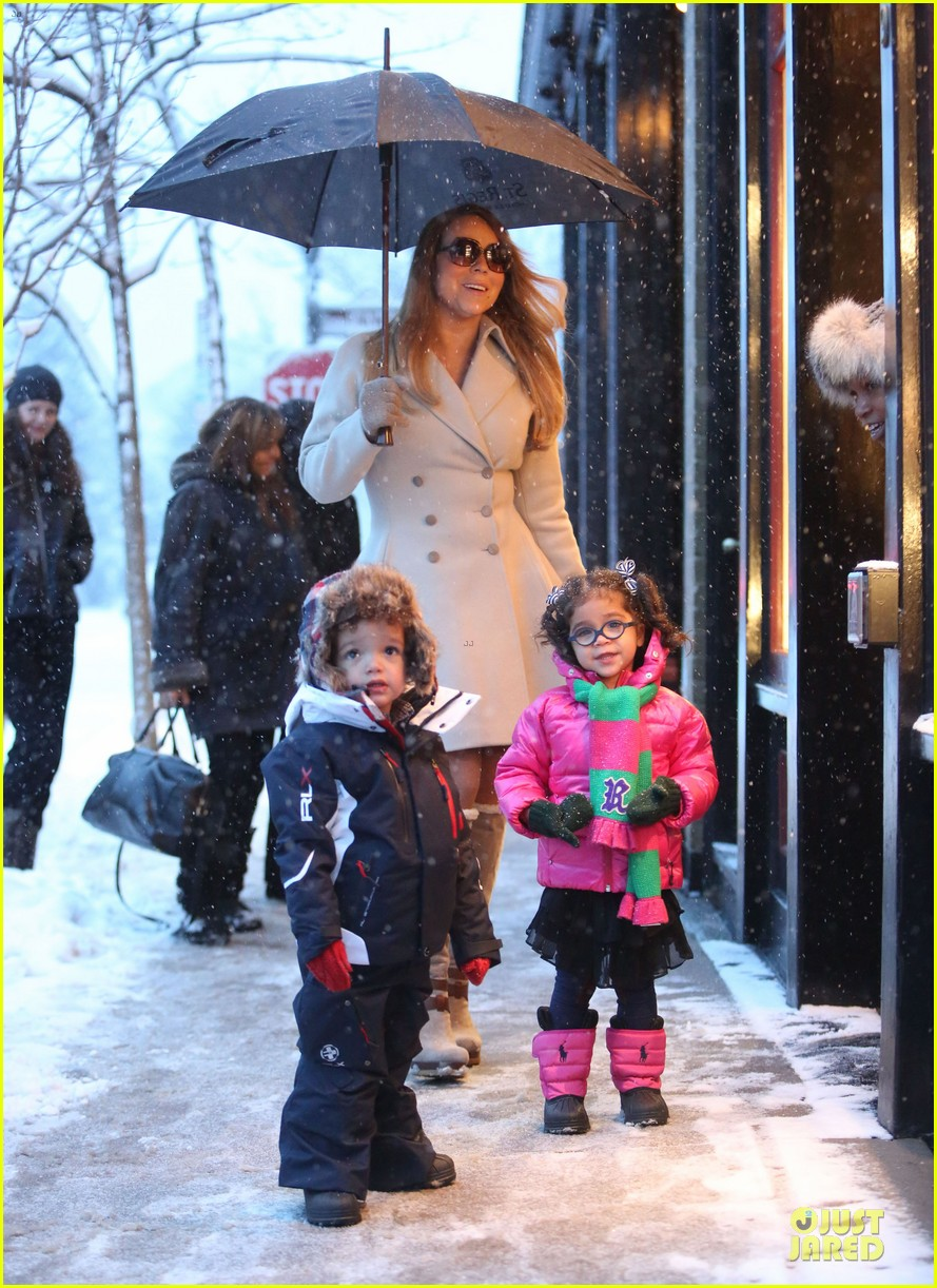 mariah carey snowy aspen shopping with the twins 103015619