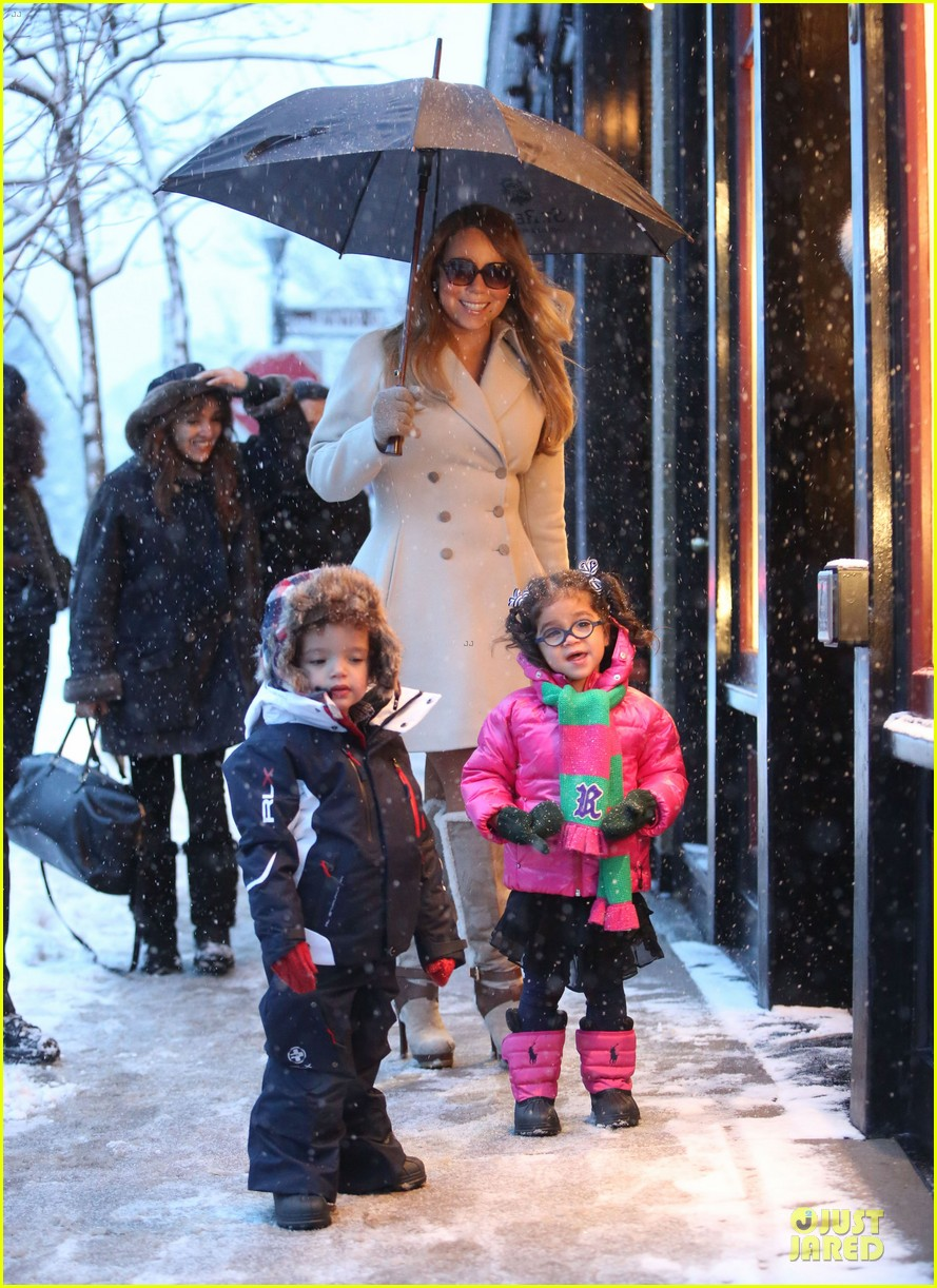 mariah carey snowy aspen shopping with the twins 133015622