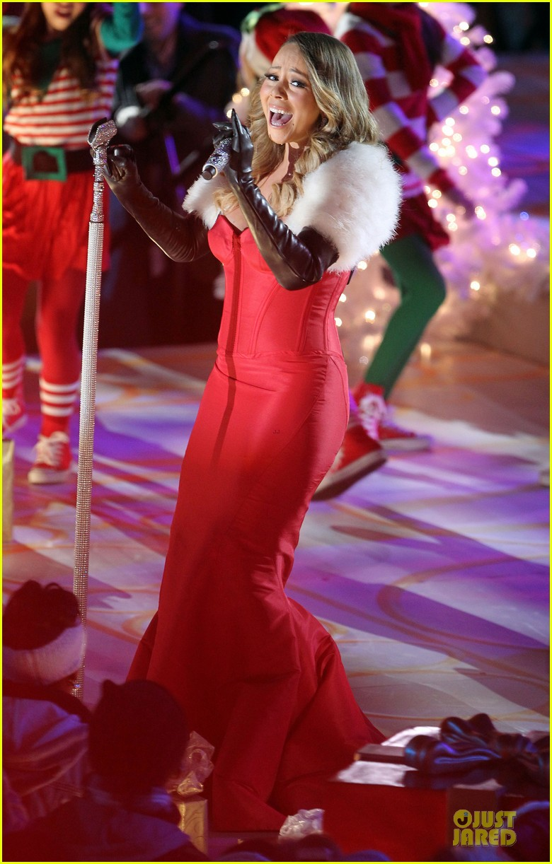 Mariah Carey Rockefeller Center Christmas Tree Lighting 2013 Performer! & Mariah Carey: Rockefeller Center Christmas Tree Lighting 2013 ...