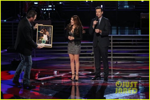 cassadee pope i wish i could break your heart performance on the voice 10