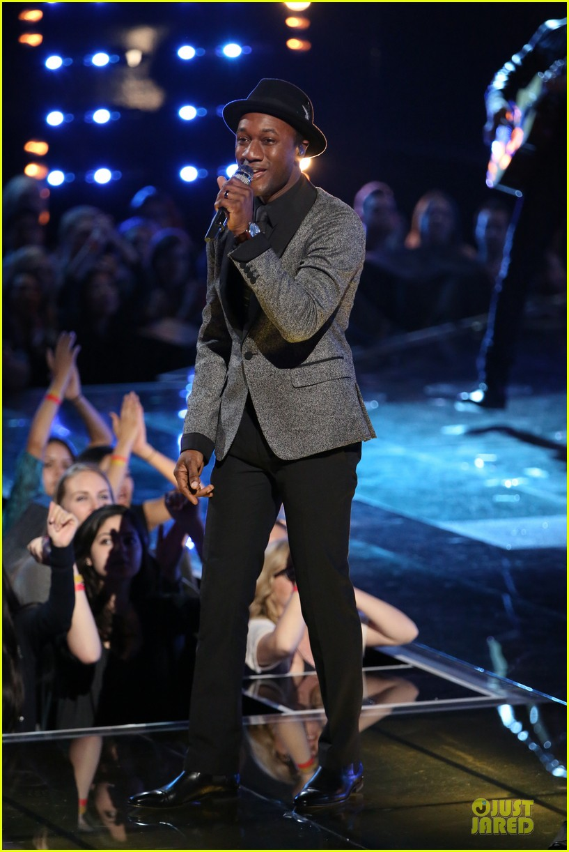 will champlin aloe blacc the voice performance video 033013989