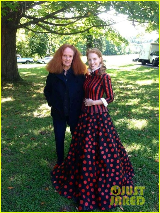 jessica chastain shares vogue behind the scenes pic 033015272