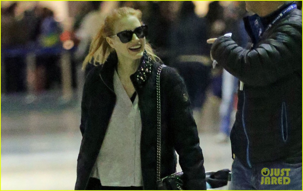 jessica chastain shares vogue behind the scenes pic 043015273