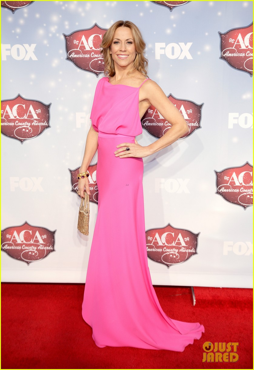 jewel sheryl crow acas 2013 red carpet 063009309