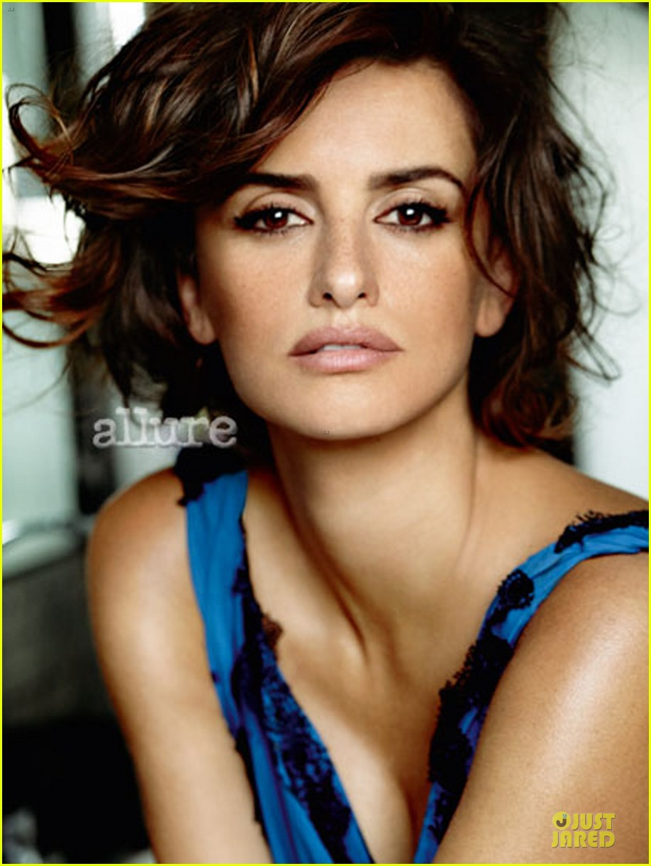 penelope cruz covers allure magazine january 2014 013013213