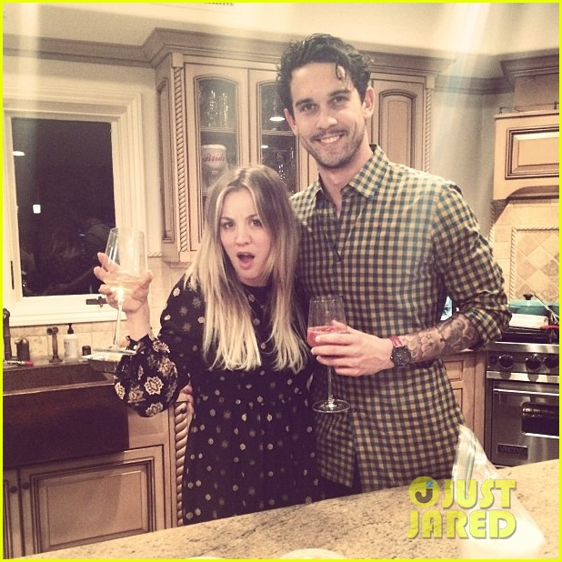 kaley cuoco ryan sweeting celebrate first christmas together 023017975
