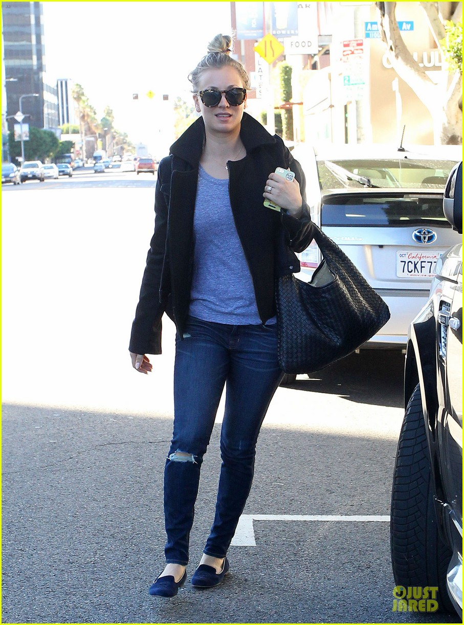 kaley cuoco hair appointment before the new year 16