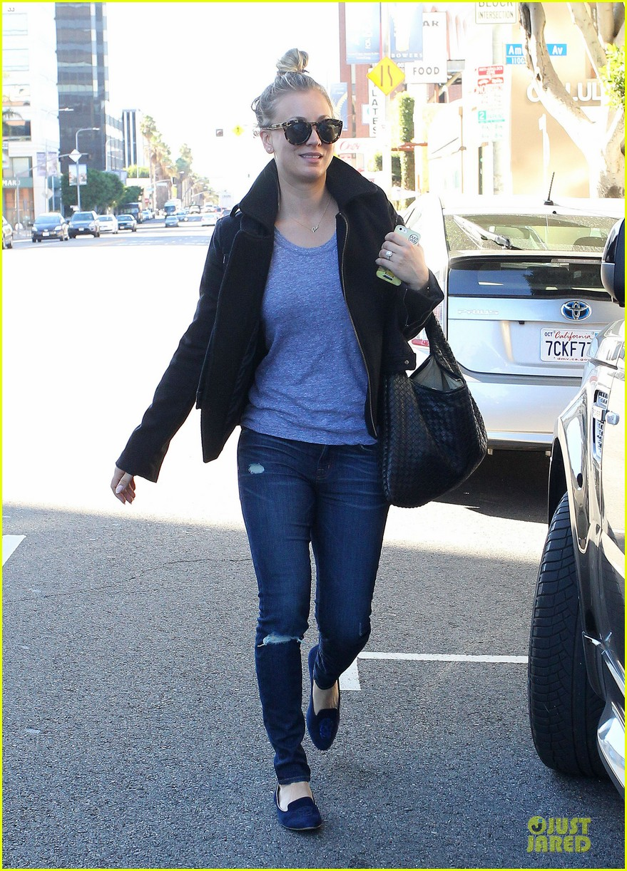 kaley cuoco hair appointment before the new year 173018572