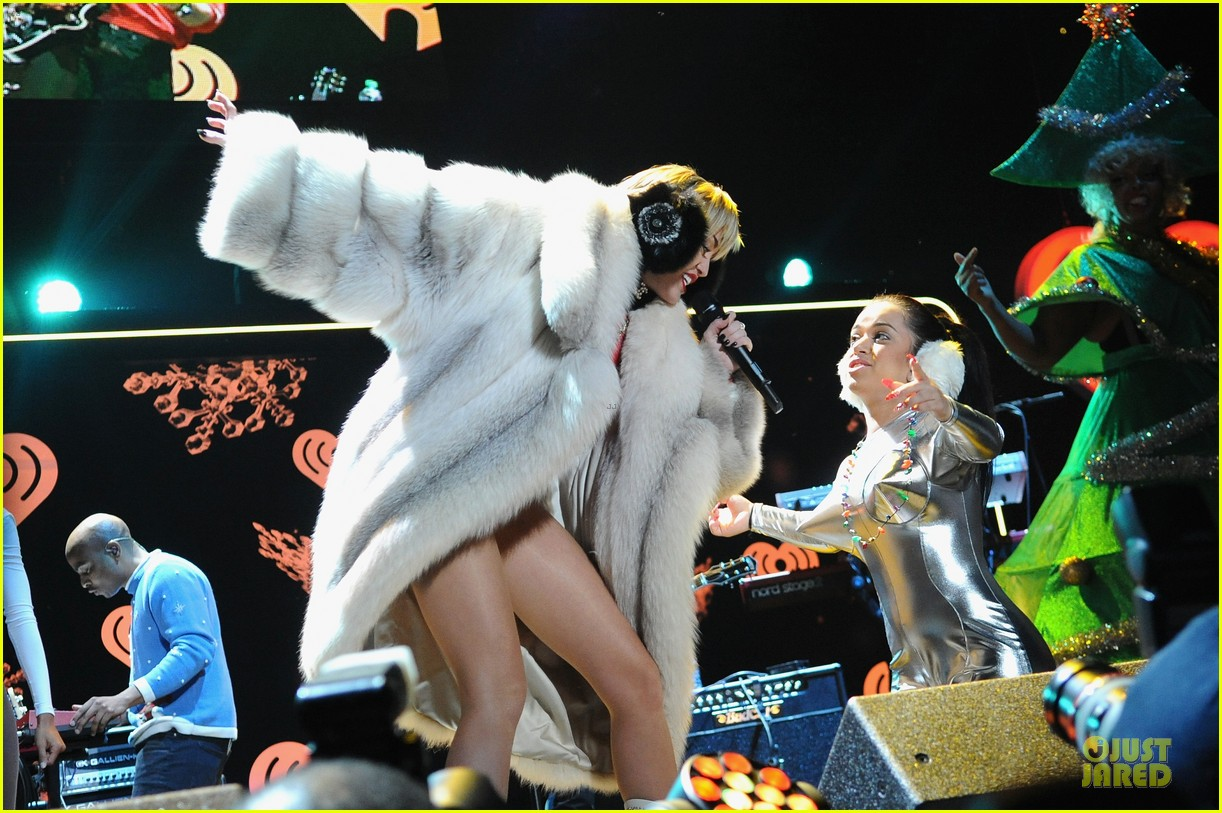 miley cyrus backstage at power 961 jingle ball 2013 223010336