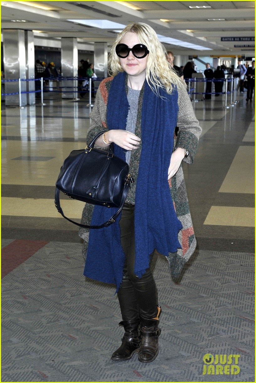 dakota fanning lands lead untitled coming of age film 073003346