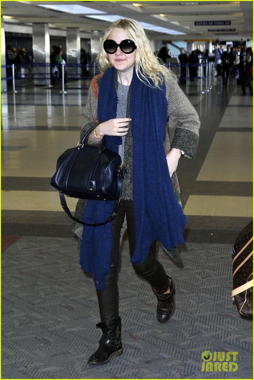 dakota fanning lands lead untitled coming of age film 093003348