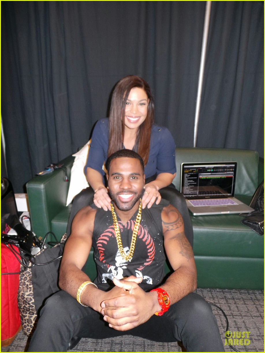 jason derulo backstage massage from jordin sparks at z100 jingle ball 2013 exclusive 023011620