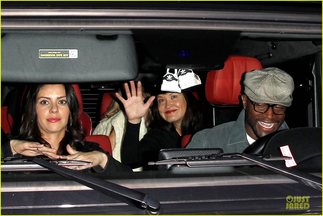 taye diggs hollywood club exit with three gal pals 023018975