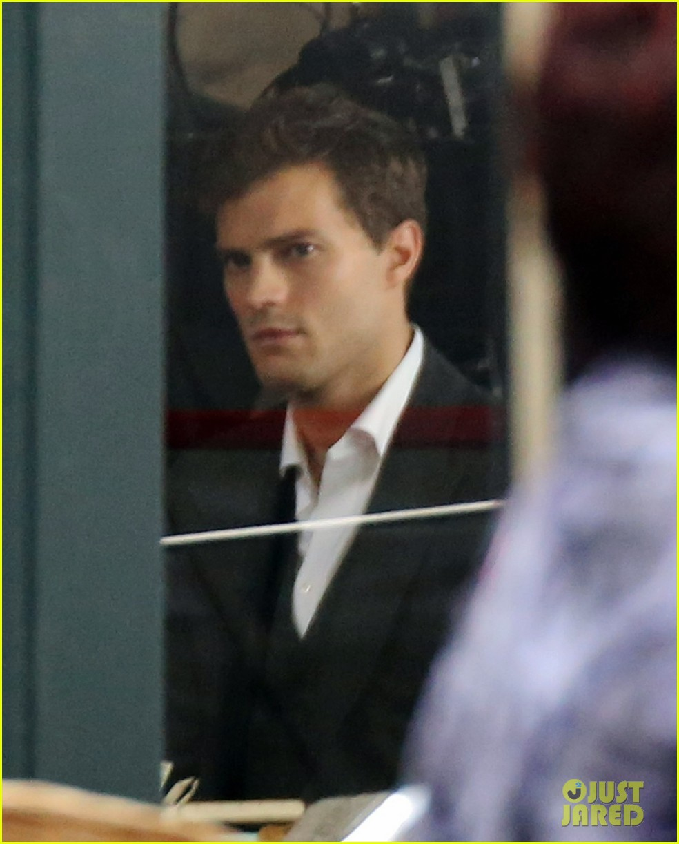 jamie dornan filming fifty shades of grey first photos on set 013002961