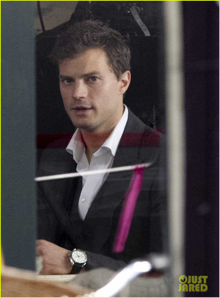 jamie dornan filming fifty shades of grey first photos on set 023002962