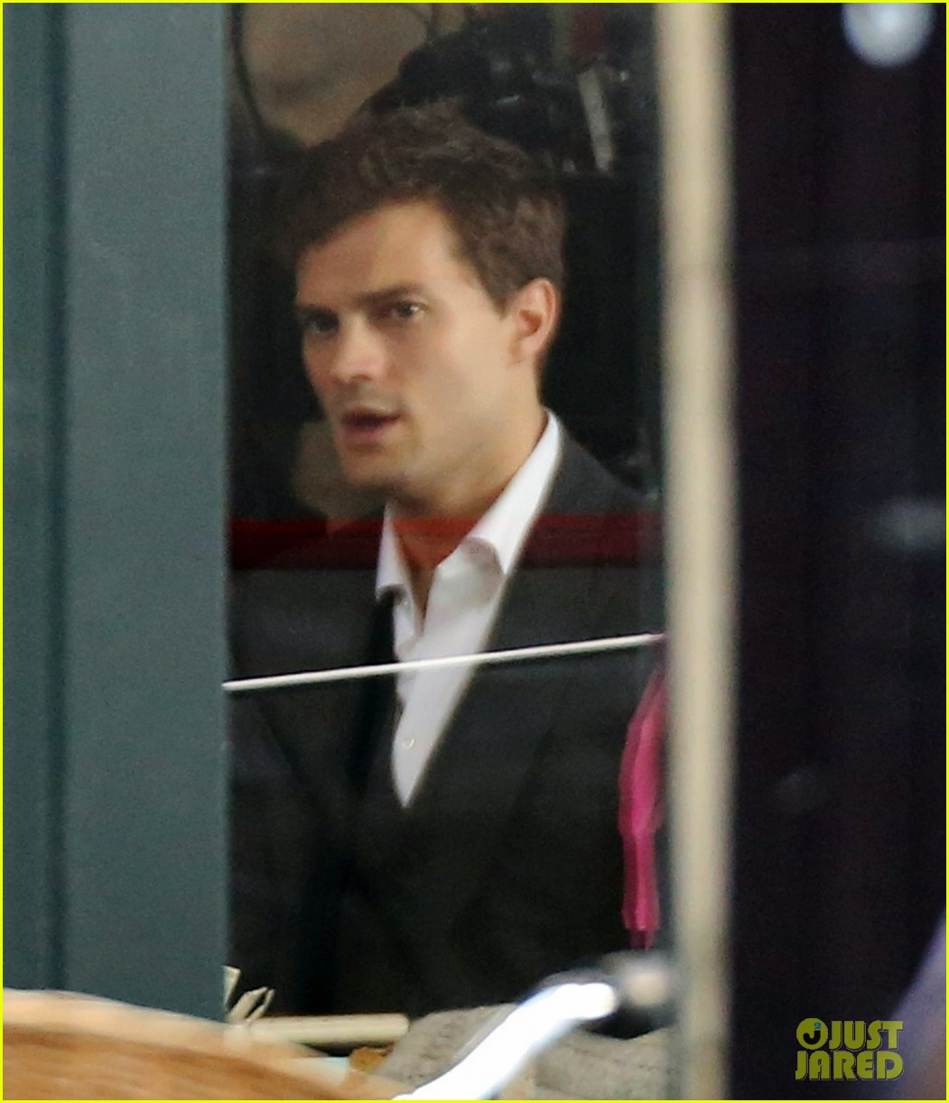 jamie dornan filming fifty shades of grey first photos on set 063002966