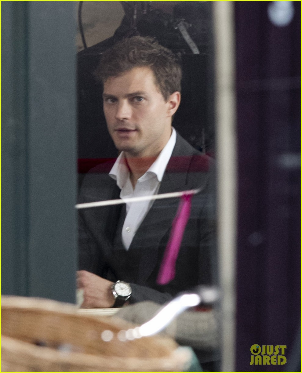 jamie dornan filming fifty shades of grey first photos on set 103002970